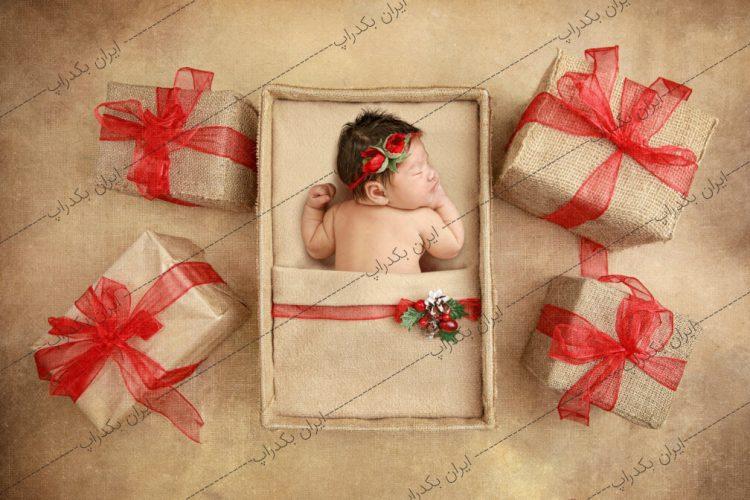 بک دراپ نوزاد کادوهای کریسمس