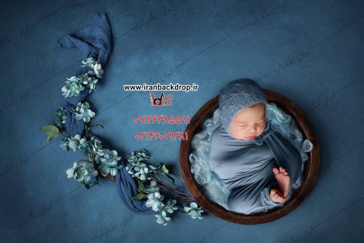 بک دراپ عکاسی نوزادی از نمای بالا